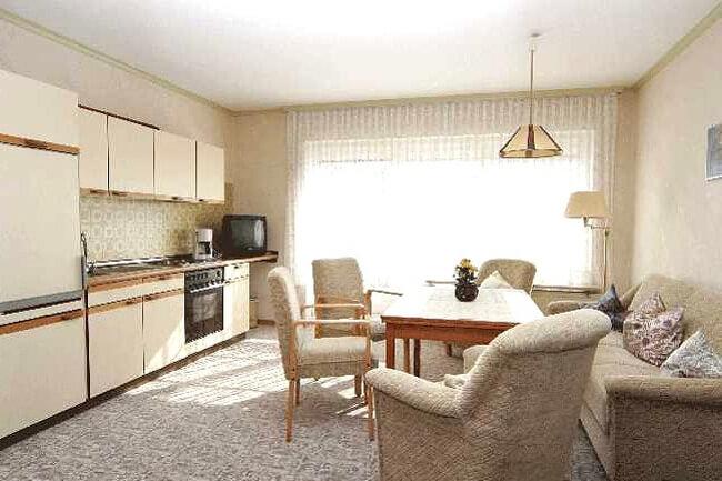 Wohnung 3 - Küchenzeile 1