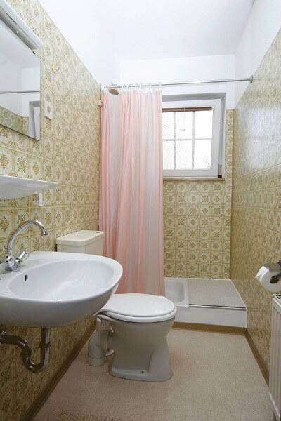 Wohnung 4 - Badezimmer 1