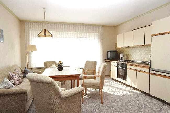 Wohnung 4 - Küchenzeile 1