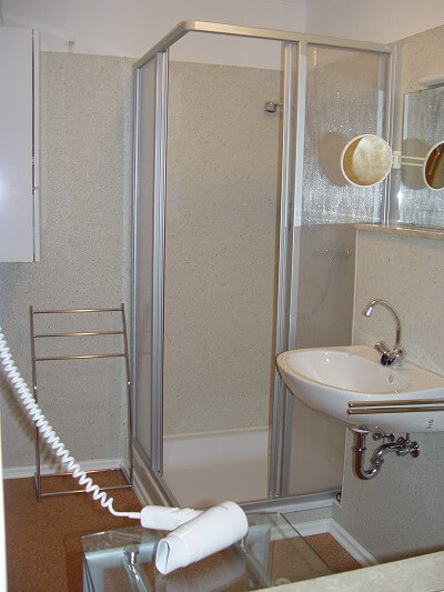 Wohnung 6 - Badezimmer 1